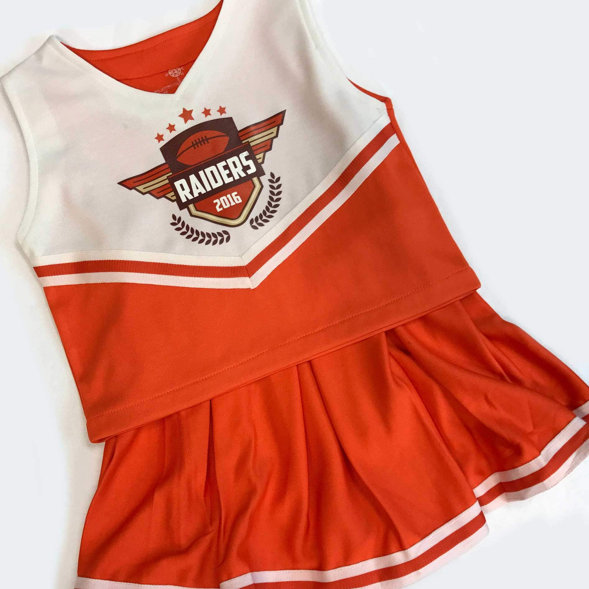 team-cheerleader-outfit
